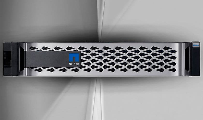 EF600 All-Flash NVMe массив