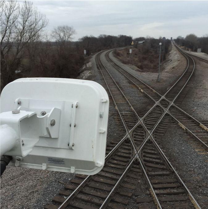Радиолокационный детектор на ЖД переезде