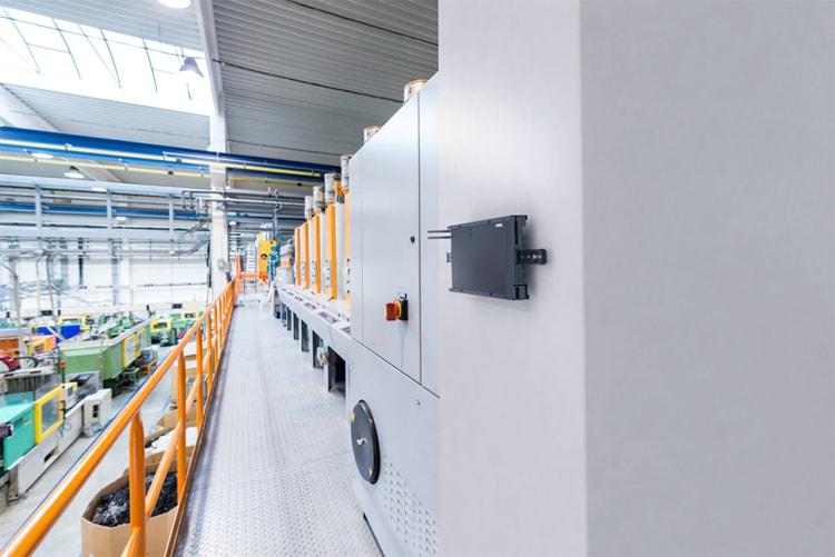 ThinkSystem SE350-сервер для предприятий и IoT